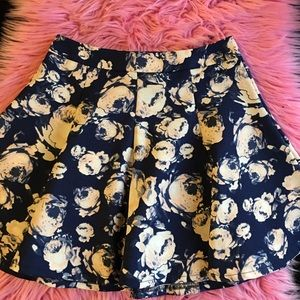 LUSH Floral Circle Skirt size small